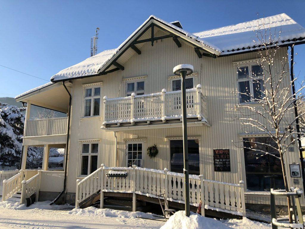 Jonsgård seng&frokost i Jernbanegata i Ringebu